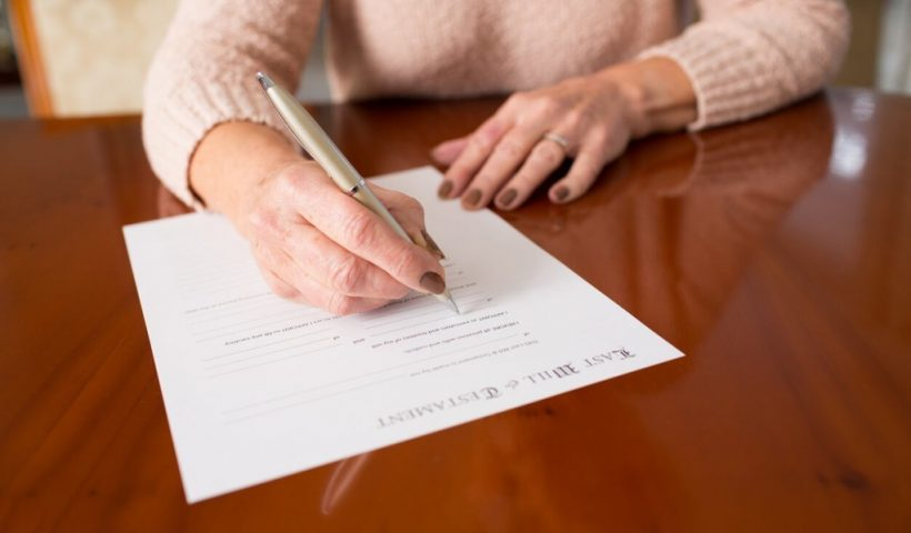 How will Probate lawyer London help you in probate registry?